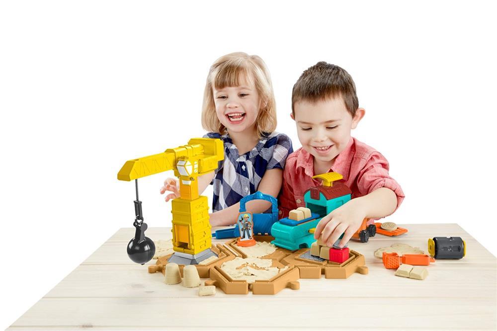 Kids In A Sand Nox